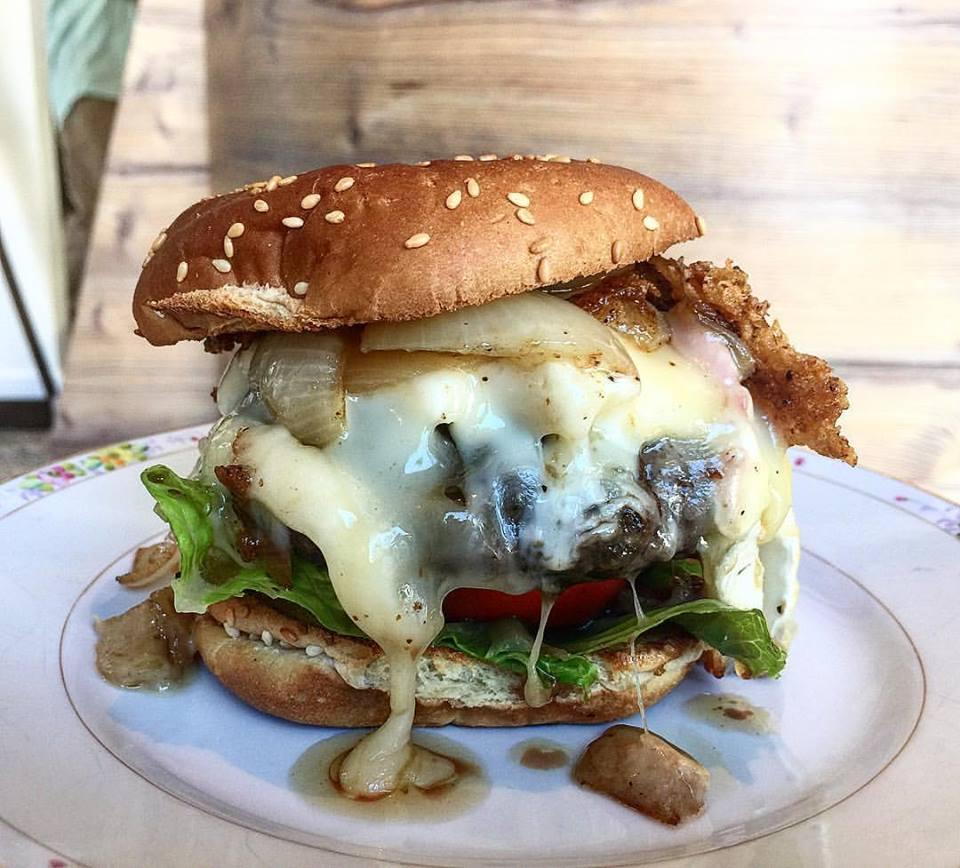 CafeCreme Burger